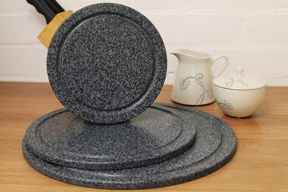APLAS Black Marble Effect Round Chopping Board